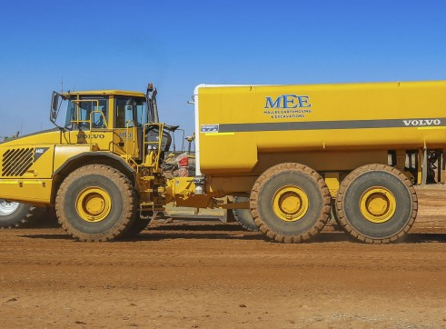 Volvo A40D Water Truck 1