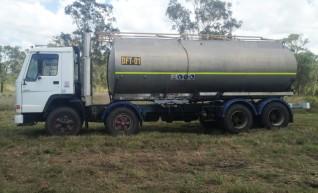 Volvo Fuel Truck - 21,000L Capacity 1