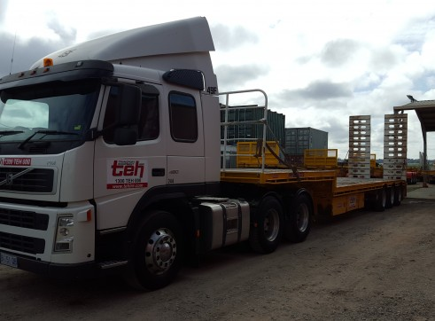 Volvo Prime Movers - autos/manuals, day and sleeper cab, B Double rated 3