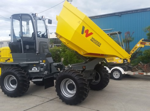 Wacker Nueson 9 tonne dumper with aicon cab 1