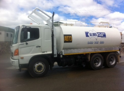 water cart 14000ltrs 1