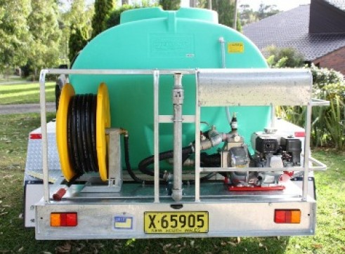 Water Cart Trailer 4x4 1500L 1
