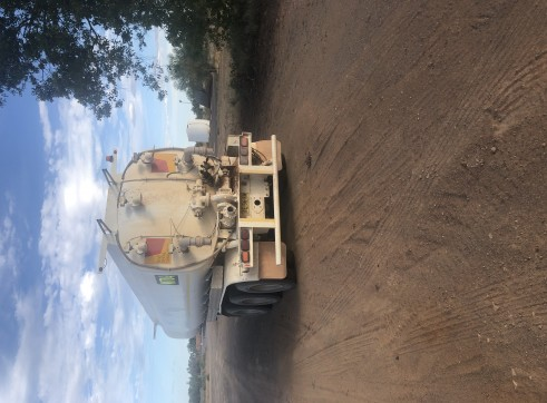 32,000L Water Tanker 2