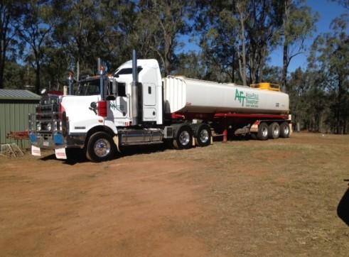 Water tanker - 32,000L 2