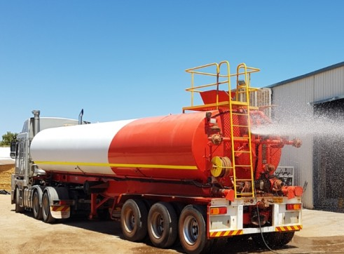 Water Tanker for dry hire or sale 1