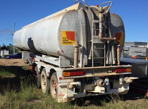Water Tanker Trailer - 30,000L 1