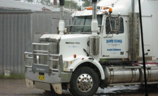 Western star Prime mover and Low Loader 1
