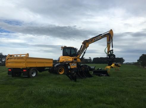 11T JCB Hydradig W110 Wheeled Excavator 1