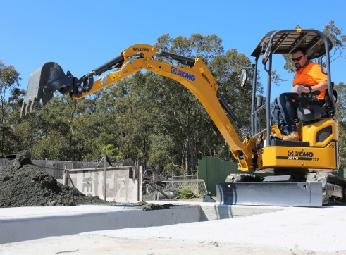 1.7T XCMG XE17U Mini Excavator