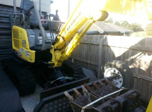 Yanmar Excavator Vio17 1.7t machine 1